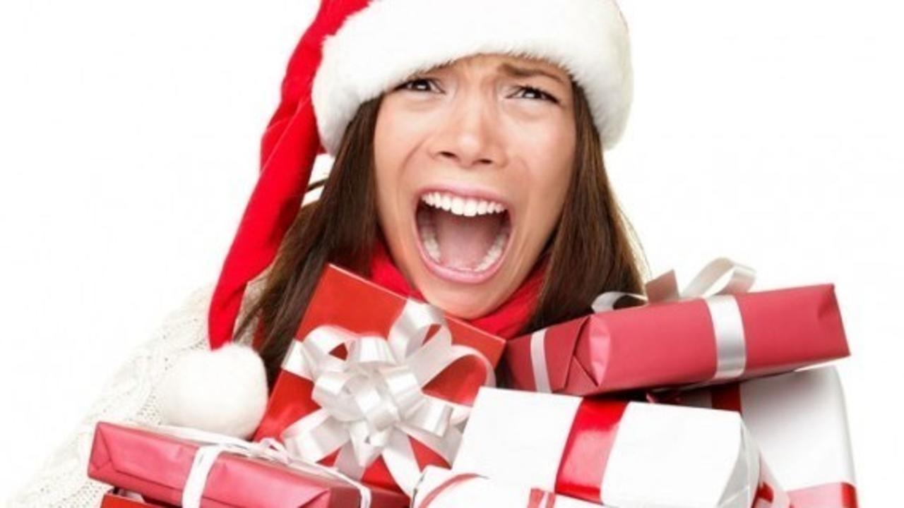 3th08nrvqwonppfune5f christmas stress shopping e1444980935743