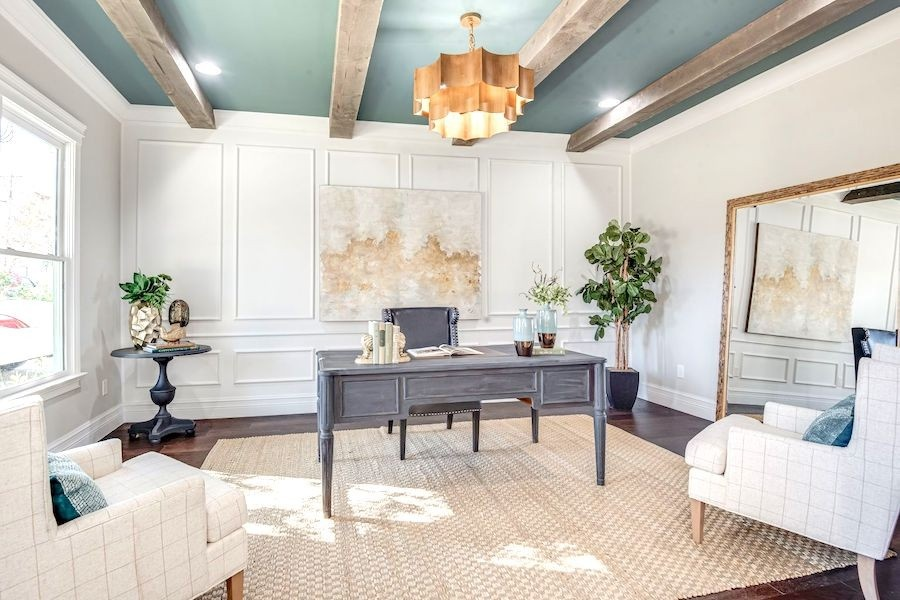 Home office that has been professionally staged in San Antonio
