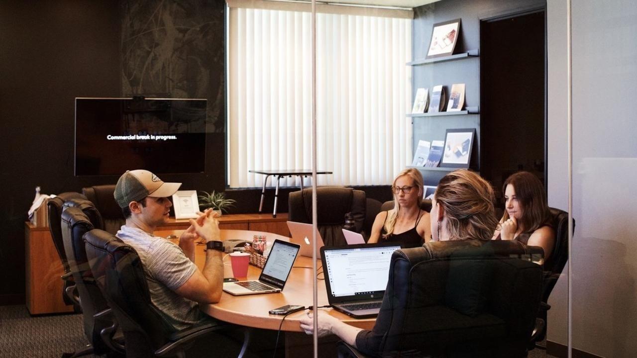 Leadership team in a reporting meeting
