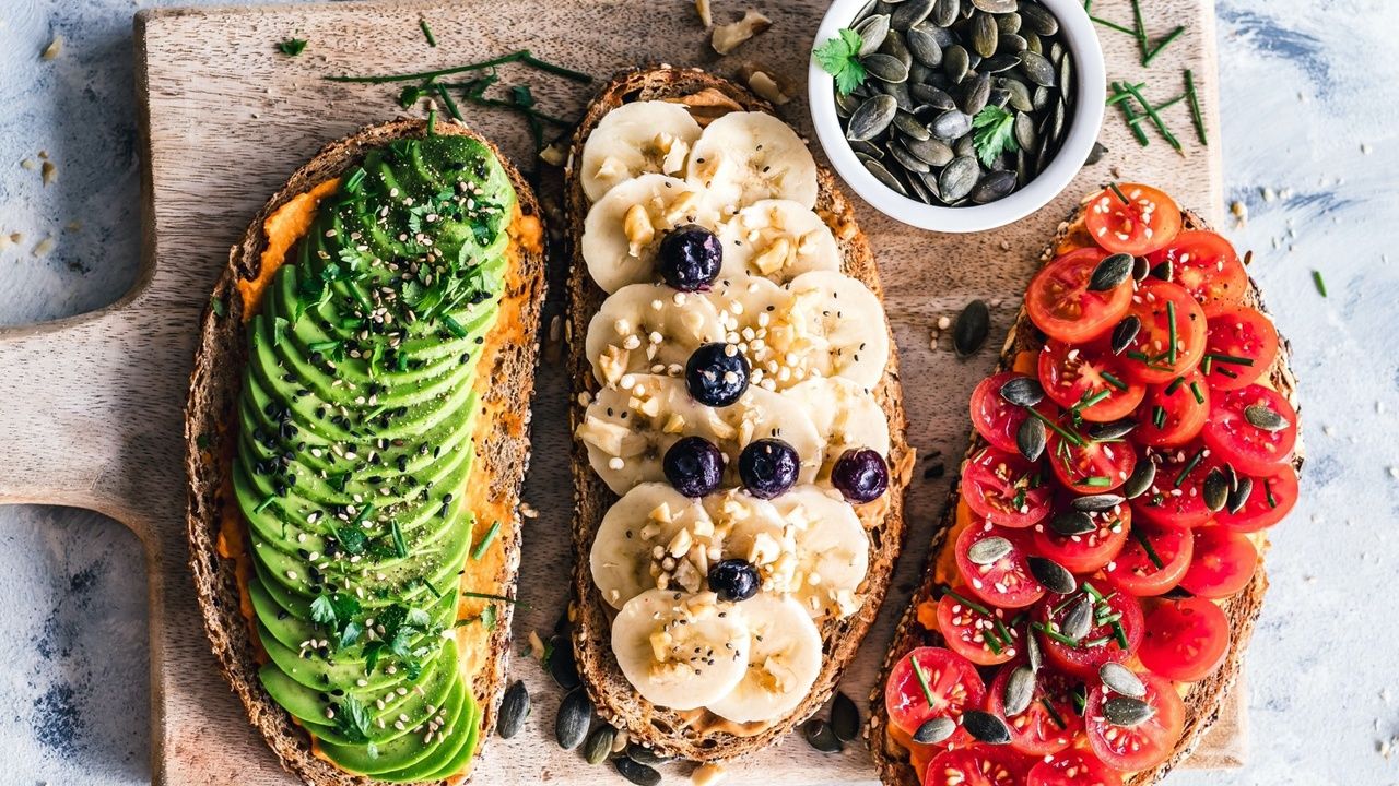 A Week's Worth of Yummy Vegan Snacks