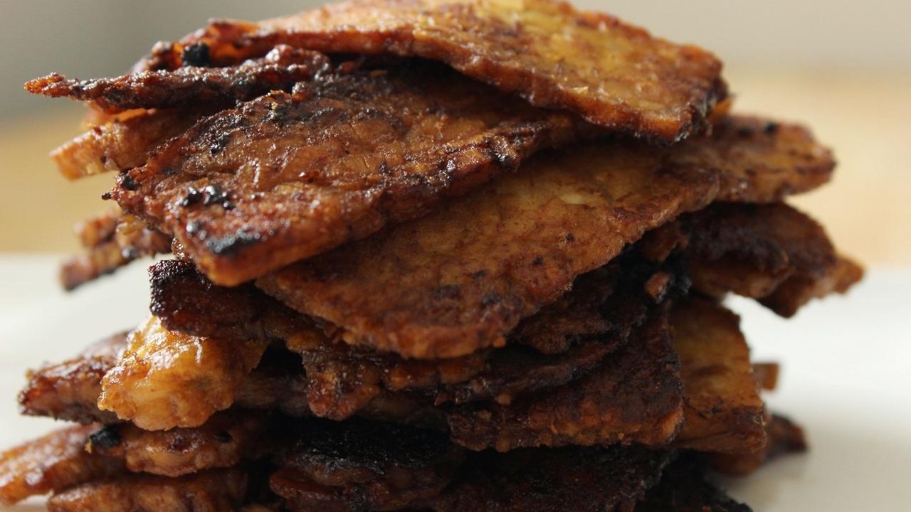 Vegan Smoky Tempeh Bacon