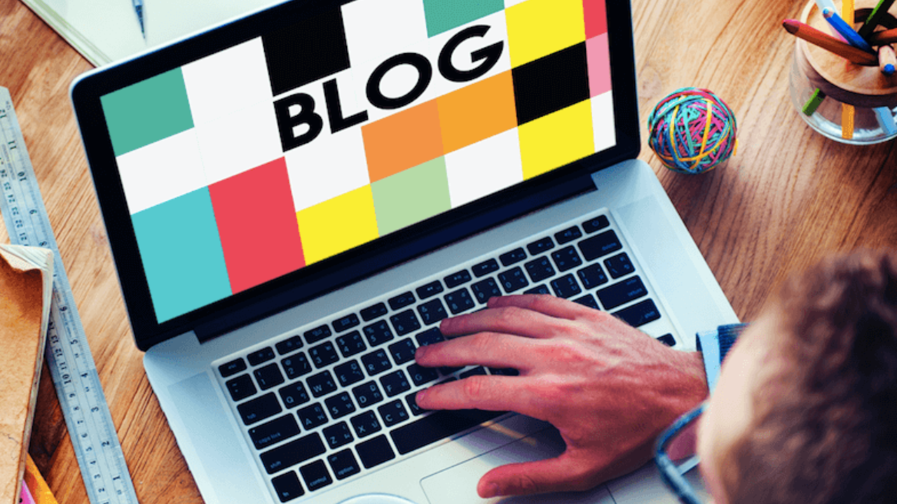 How to Write a Blog, Attract Readers and Actually Keep Them