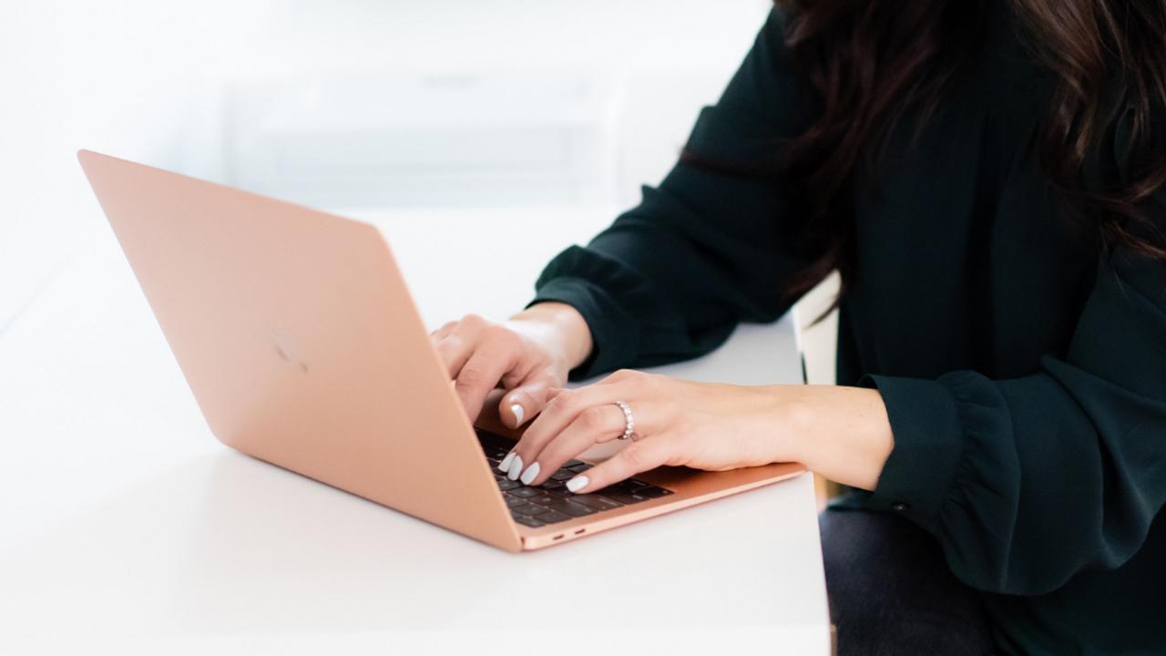 Professional Organizer typing