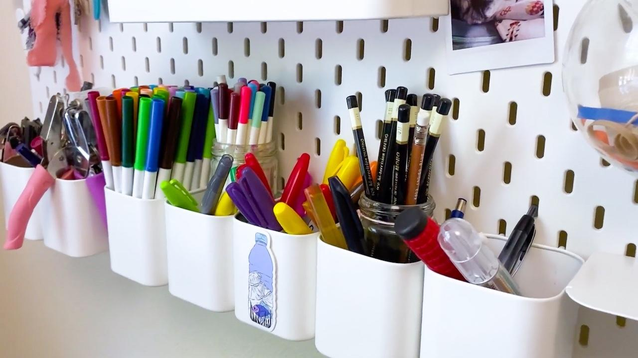 How I Organize My Art Pens