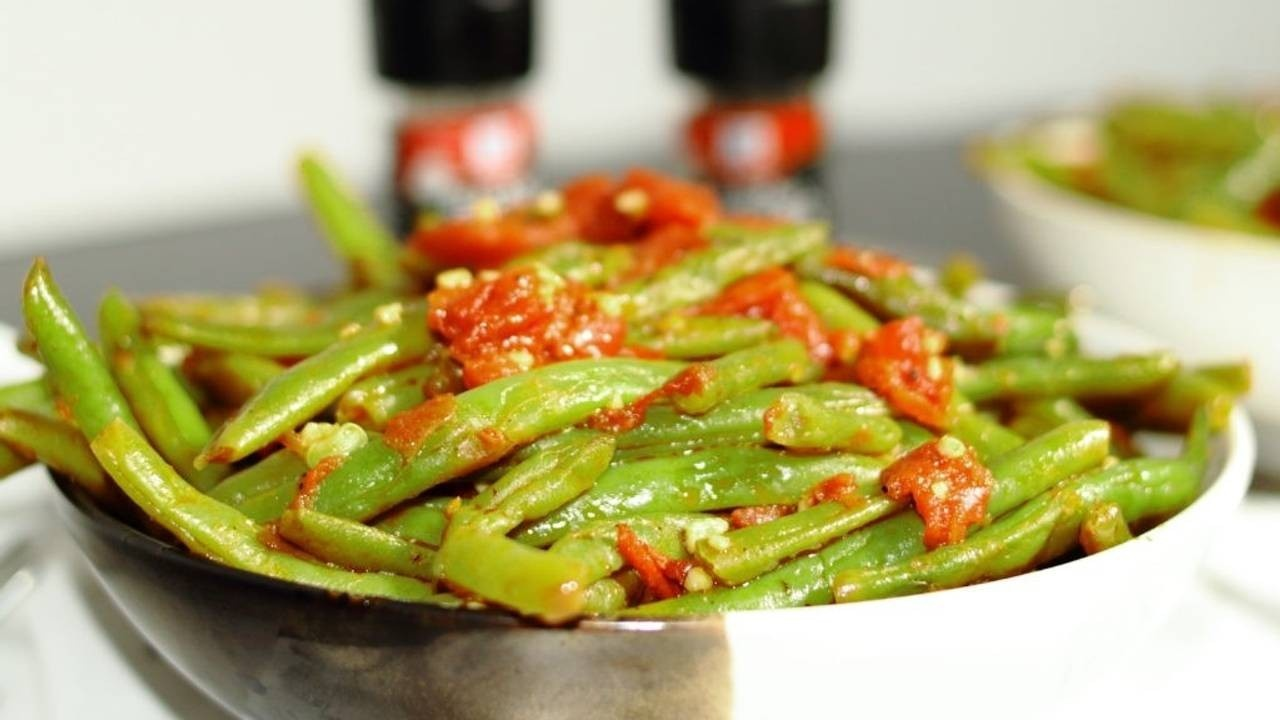 Sautéed Green Beans Recipe With Diced Tomatoes