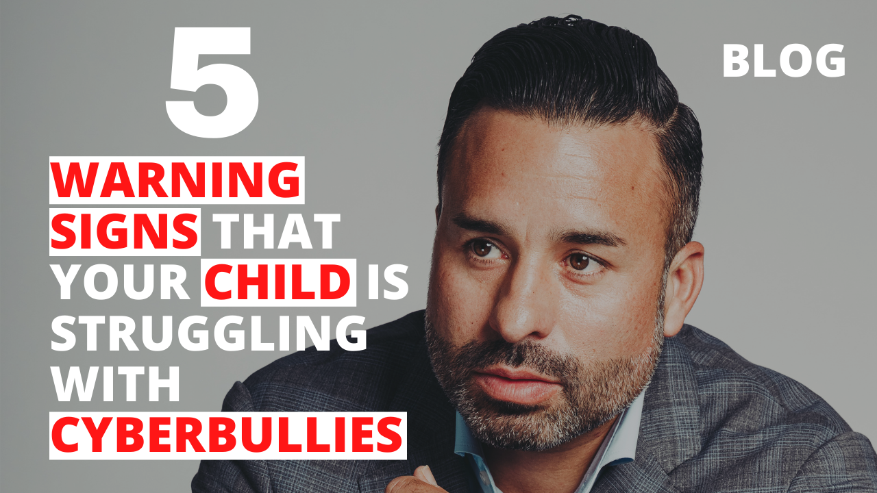 5 Warning Signs that Your Child is Struggling with Cyberbullies
