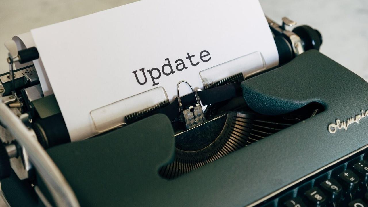 vintage typewriter wellness updates on brain health and hormones