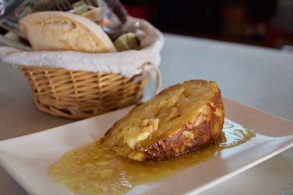Spanish potato omelet with whiskey sauce