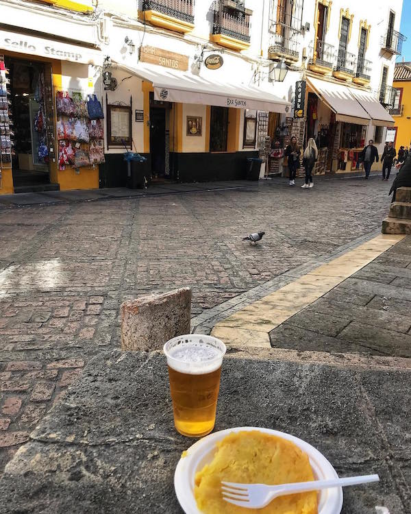 Tortilla and beer at Bar Santos - where to eat in Cordoba