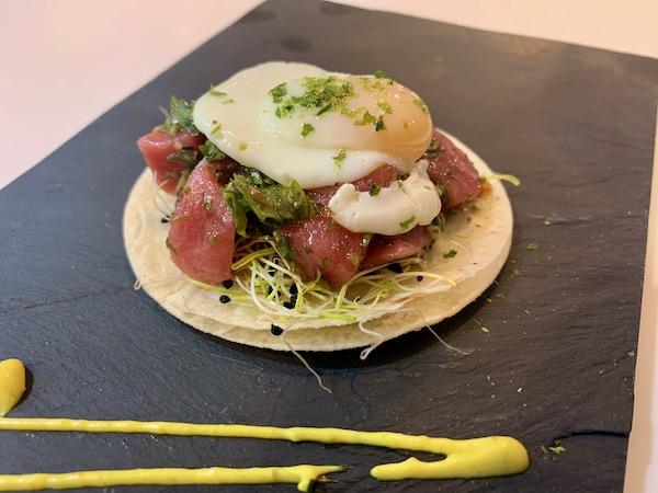 Tuna chimichurri taco