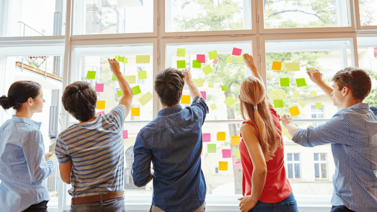 Sticky or Post-It Notes are Power Tools for a Consultant