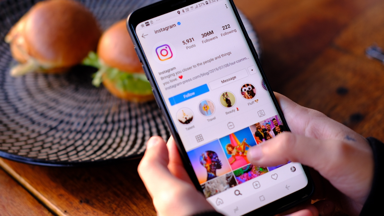 5 Ways Instagram Marketing Can Help Small Businesses Reach Their Ideal Customers - Inspiring Brands Academy