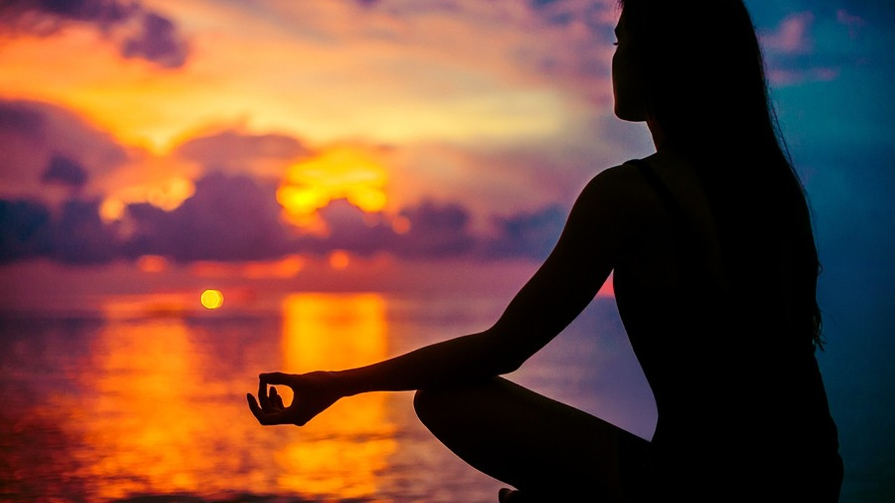 Start Meditating to Reduce Stress: 3 Easy Practices