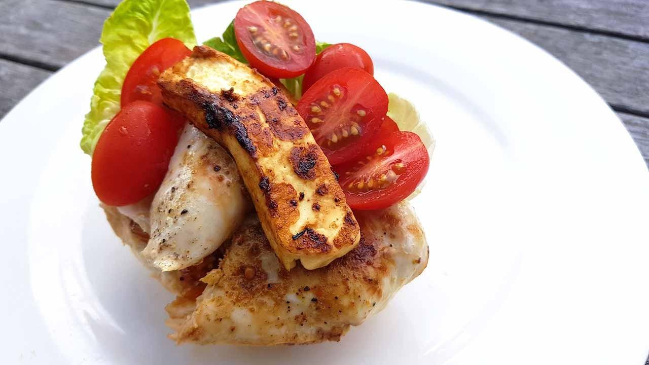 chicken halloumi sandwich