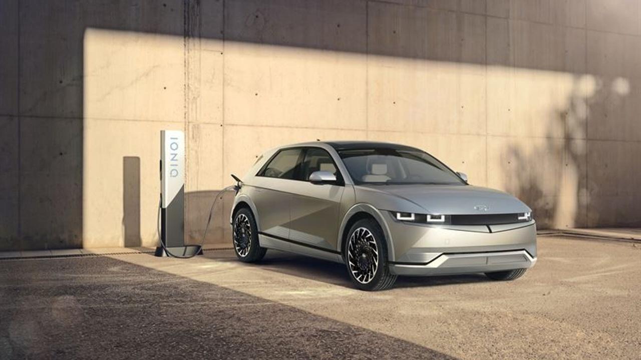 Minkälainen auto on uusi sähköauto Hyundai Ioniq 5?
