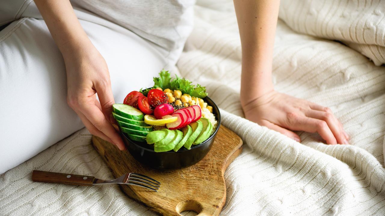 Healthy eating, healthy bowl