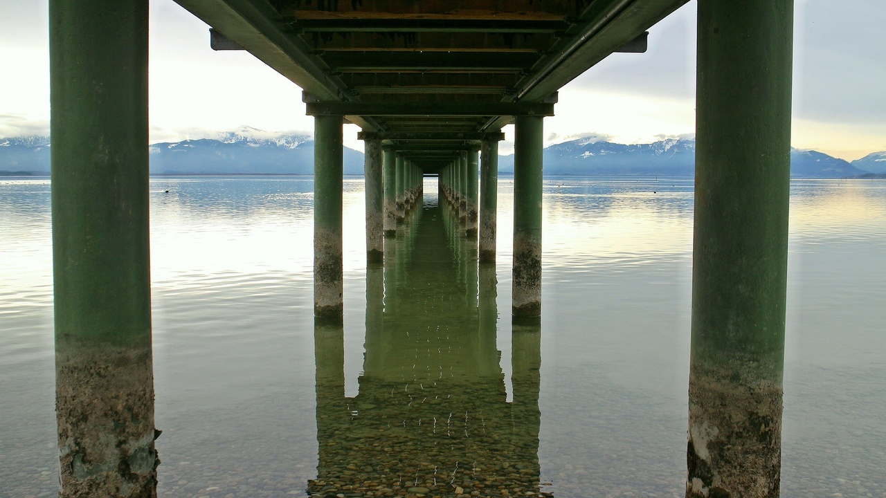 bridge-web-bridge-piers-pillar Image by Manfred Antranias Zimmer from Pixabay