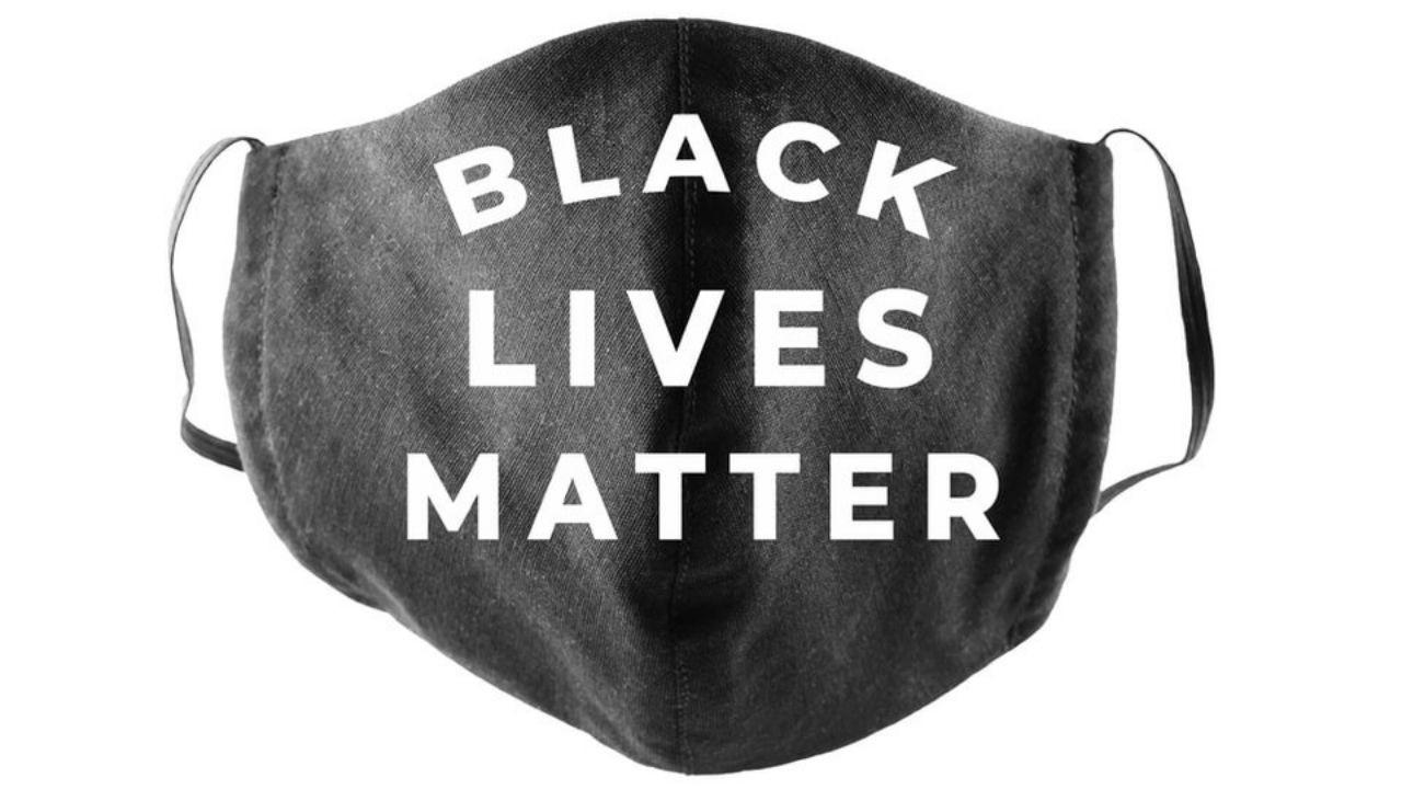 face mask with the words Black Lives Matter on it
