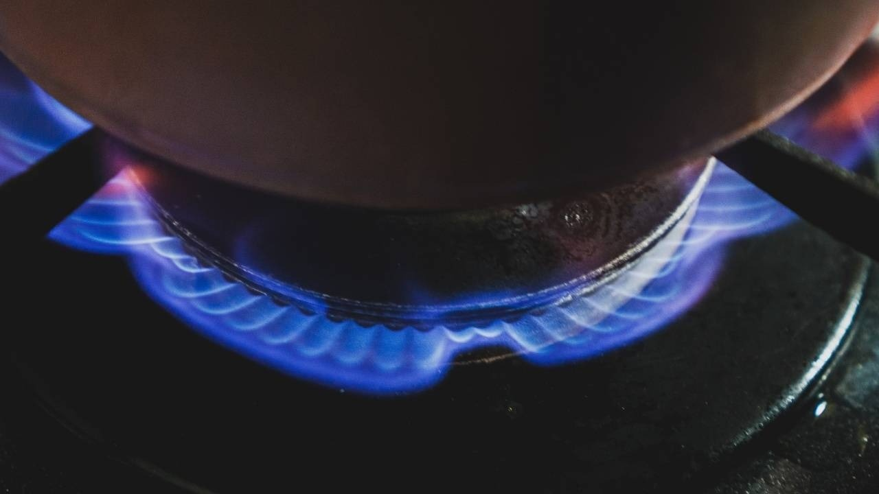 stovetop flame