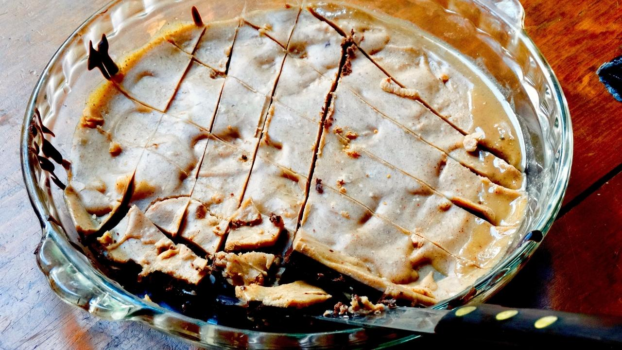 sweetener-free coconut oil fudge, delicious and nutritious