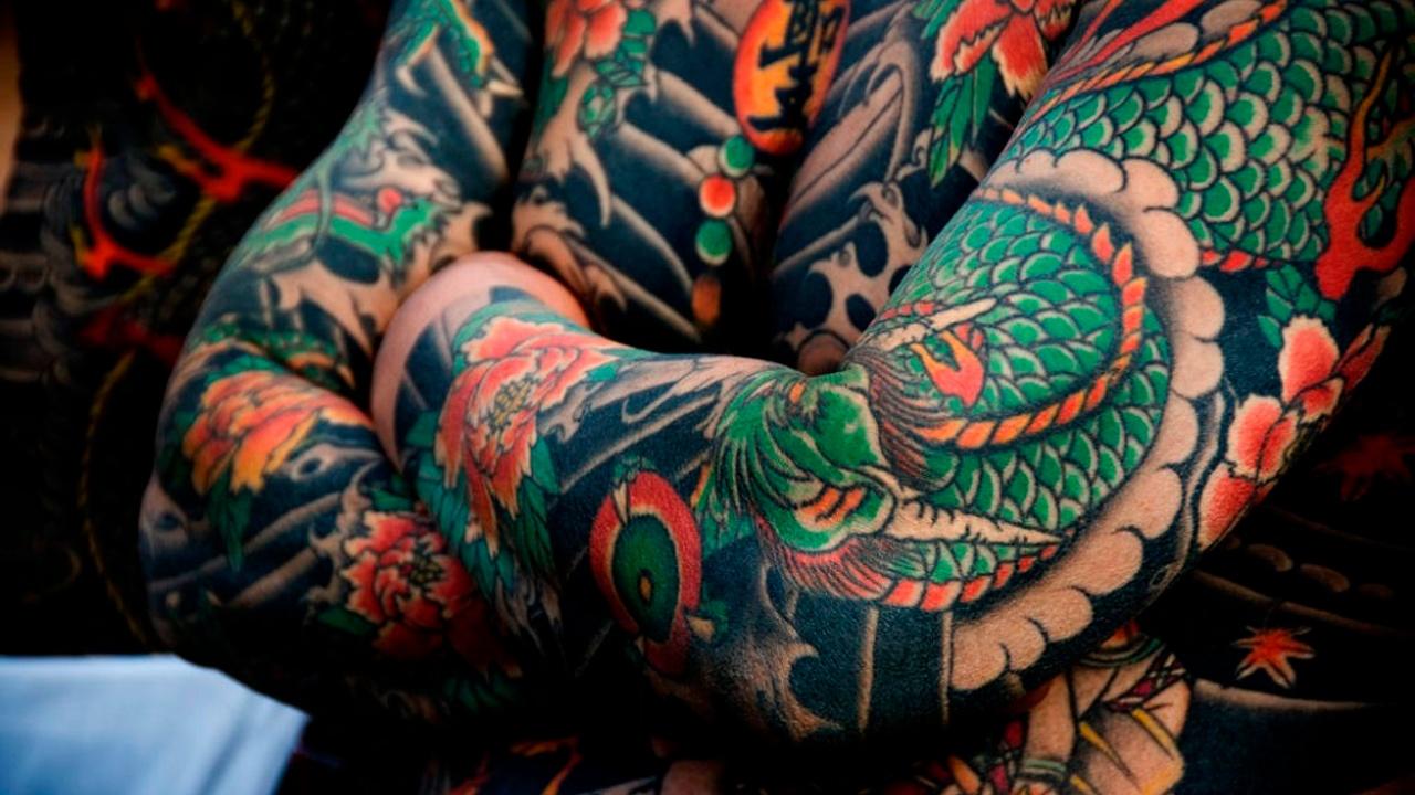 tattoo styles, japanese, ornamental, old school, tattooed man, tattoo styles guide.