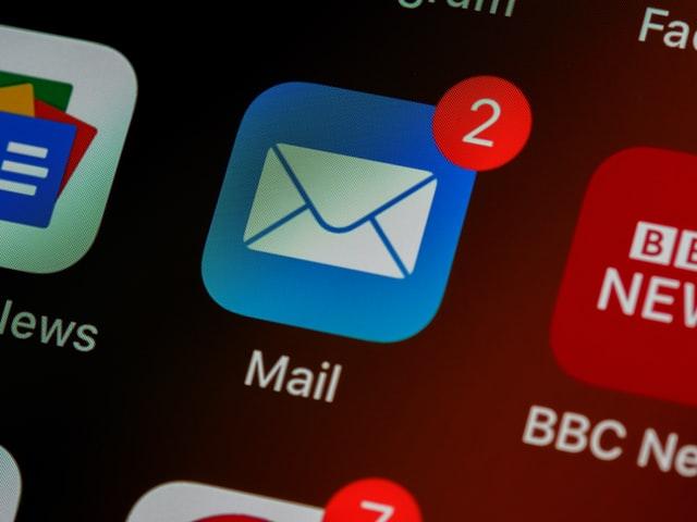 correo electrónico en el teléfono