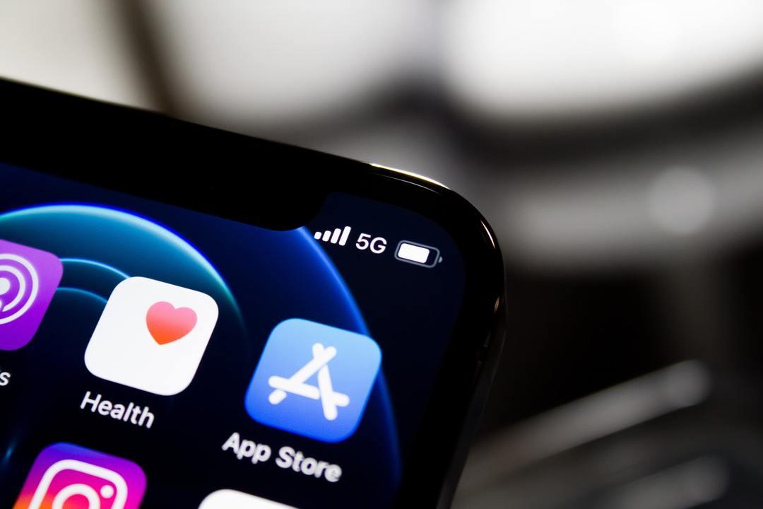 App Store para descargar Clubhouse en iPhone