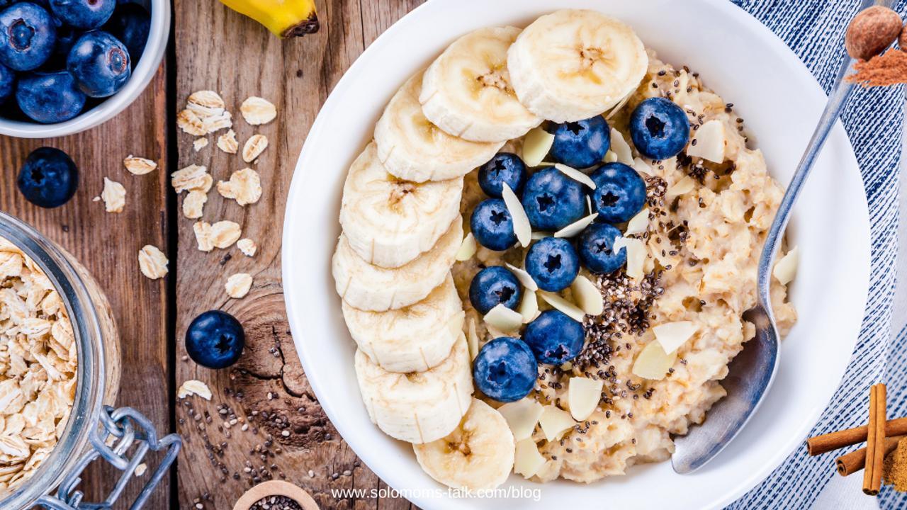 healthy-oatmeal-berries-ingredients
