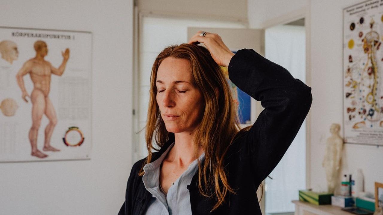 Angela Chambers Self-Acupressure