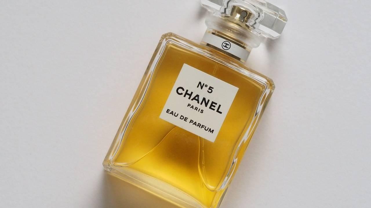 Brändäyksen ikoni Chanel no 5