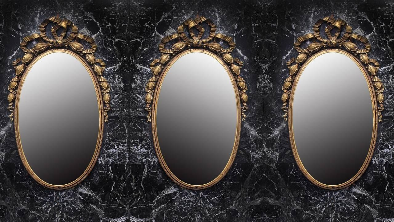 image of 3 mirrors - the mirror symbolises the truth of who we are in the reflection - Leanne Juliette is a Heyoka Mirror who shows others their inner truth and shadows