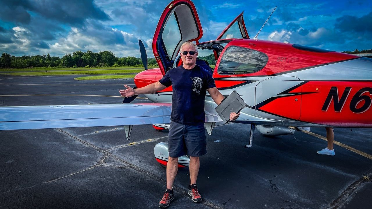 Dr. Tim getting out of his plane after a flight to Dallas, TX to record his new audio book!