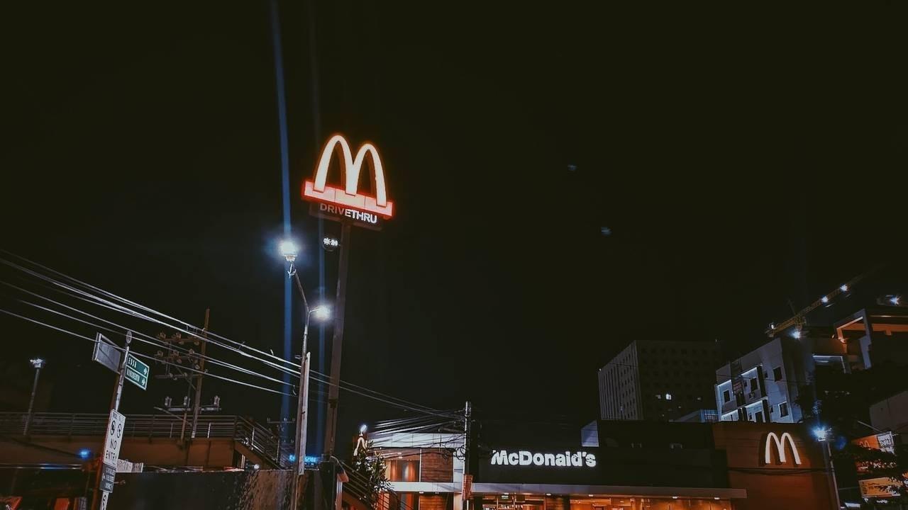 Passage Law_McDonalds