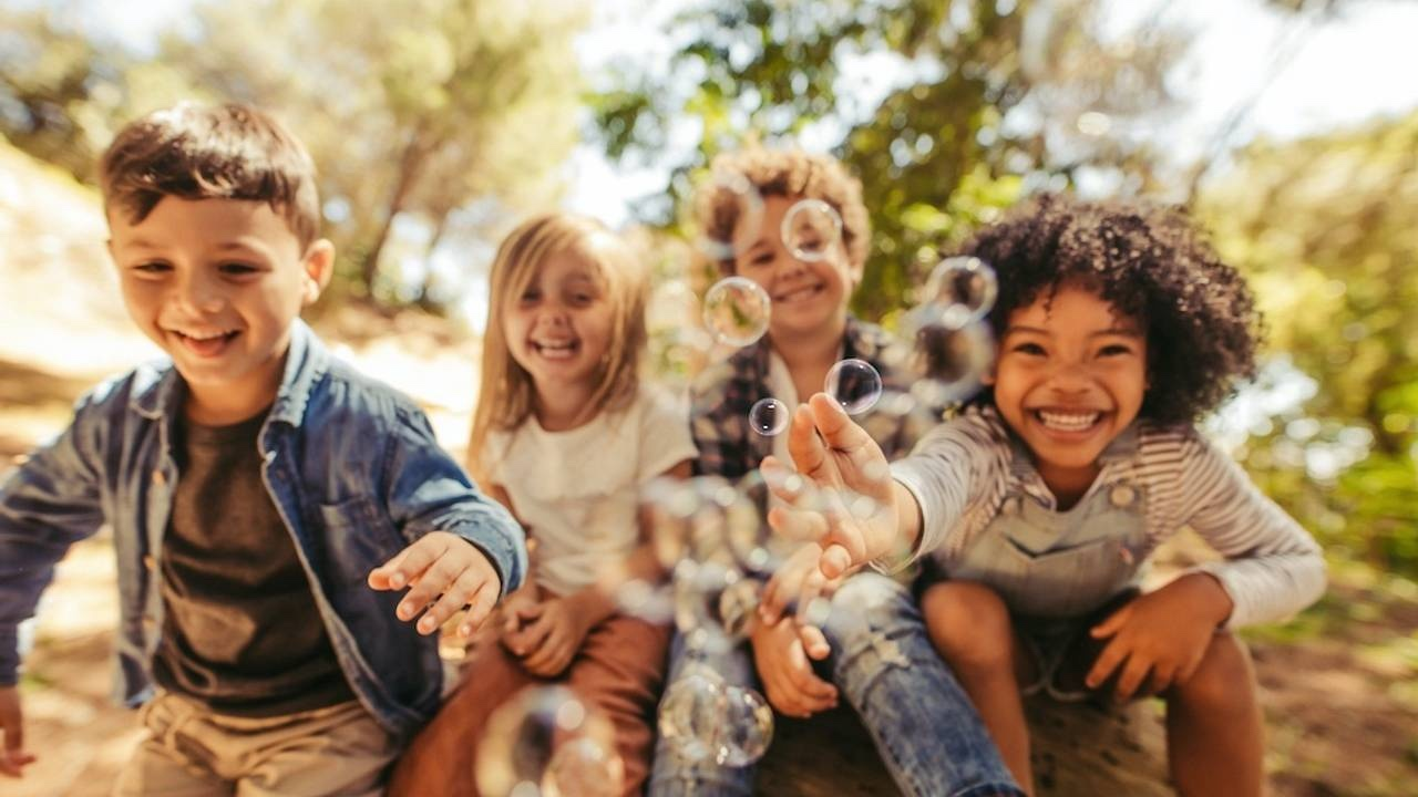 How To Raise Thriving Children (Part 1 – The Science Behind)