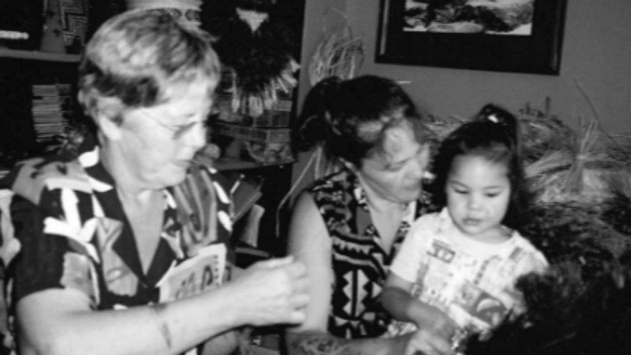 Erenora, Daughter Veranoa & Granddaughter Ellie