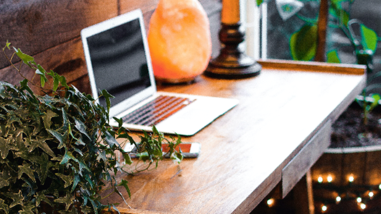 How To Get Hired By A Virtual Assistant Agency