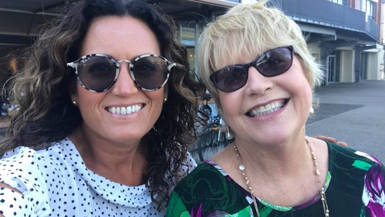 Home Staging TV with Tracey and Tori