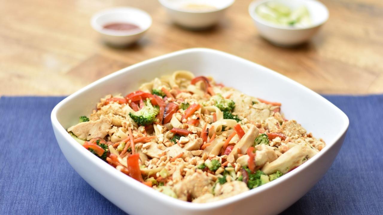 Grqcbvdcrsoawslc4bho web thai noodles