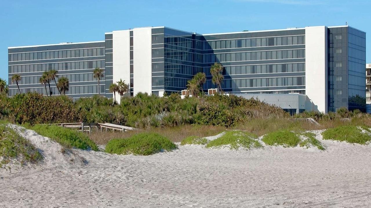 Ohfgnzcyqmwdozmb67fq hilton cocoa beach back beach 23