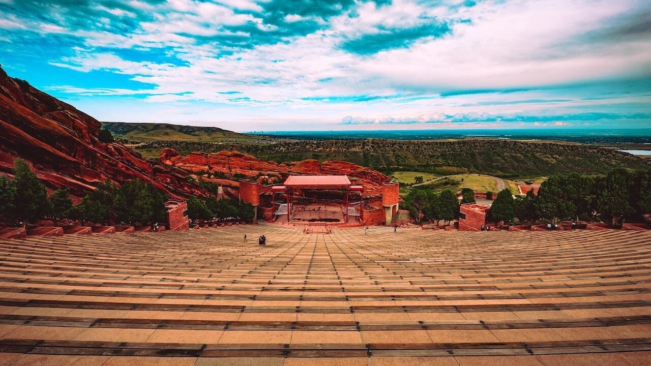 Ptibznoir329tqazcvsc red rocks amphitheatre from the top t20 r03kjn 1280x720 1
