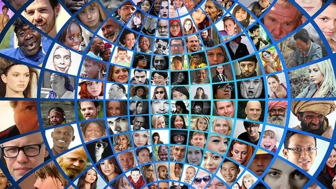 Naodgwgtkwhfjdmvfduo diversity globus people