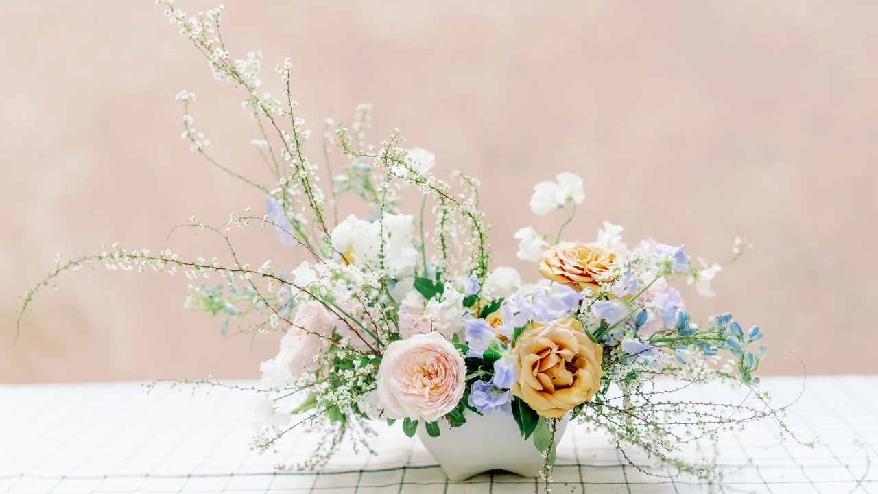 31f5ghwqfiyj8mnyc2ww amy golding wedding photography lily roden floral design 174