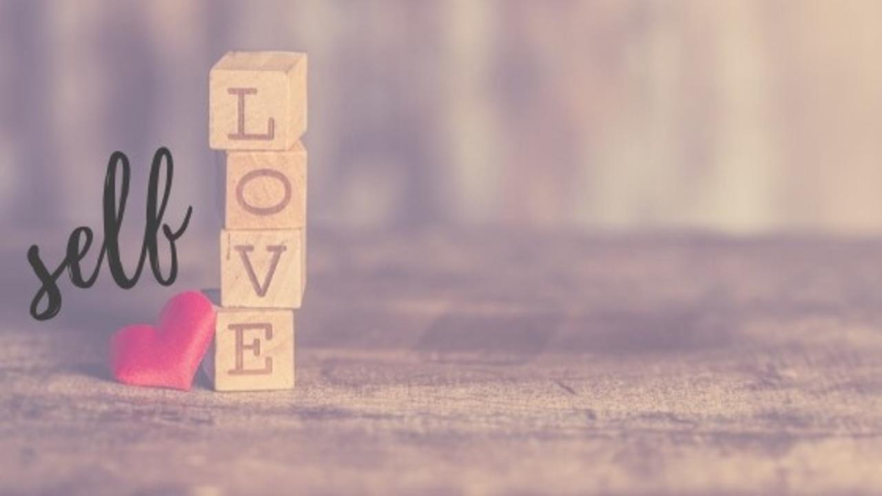E6131va3qqa8lzlkunnd self love
