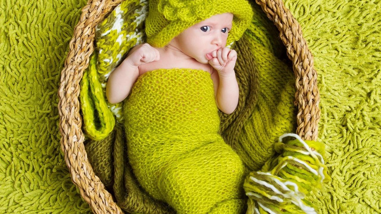 Kkhzfegfstun5ctnenx3 green baby copy