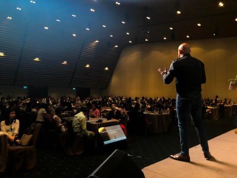 Self-leadership Motivational Speaker Executive Coach Andrew Bryant