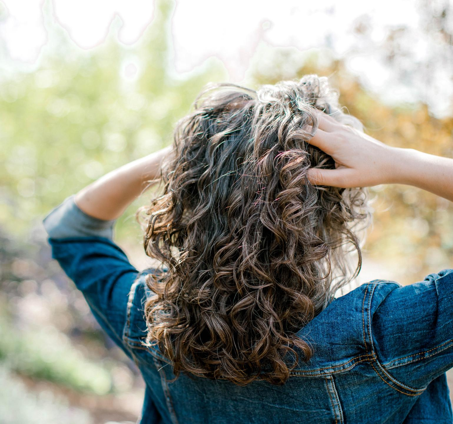 Gorgeous curls and soft waves for women