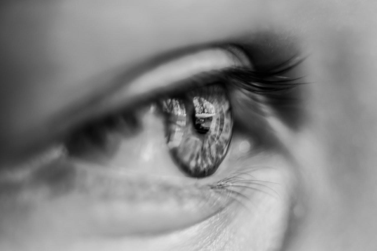 Nerella, tudatosság, szem