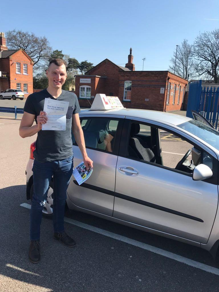 Driving Lessons Leicester - Vydunas