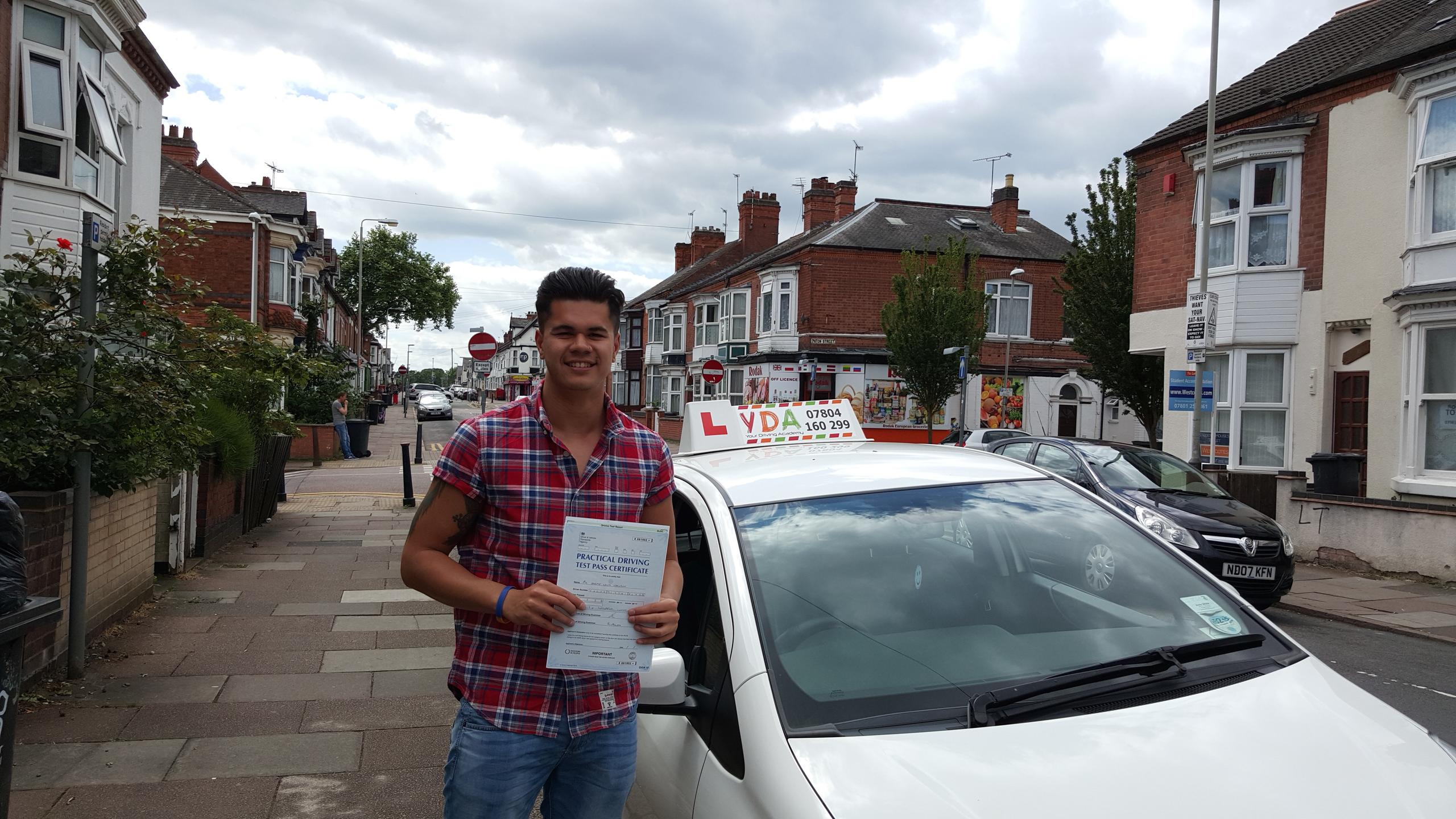 Driving Lessons Leicester - Harry Harnden