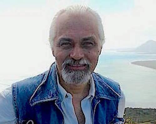 Dr Kurt Barnes